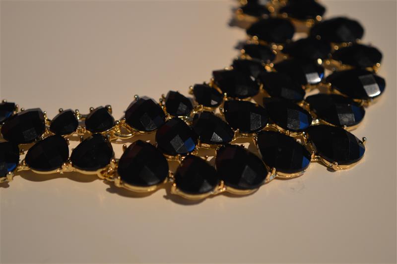 zwarte sieraden