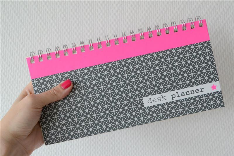 Top Hema Desk Planner | ST27
