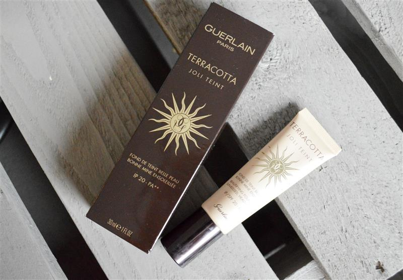 Guerlain Terracotta Joli Teint Beautifying Foundation SPF20