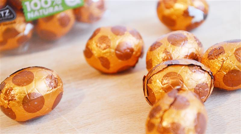 Melk-caramel-zeezout paaseitjes van HEMA! (Tony Chocolonely alarm!)