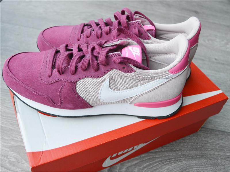 New in: Nike Internationalist