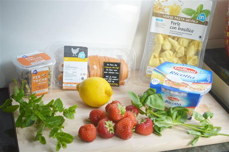 Let's cook: pasta met aardbeien en gerookte kip