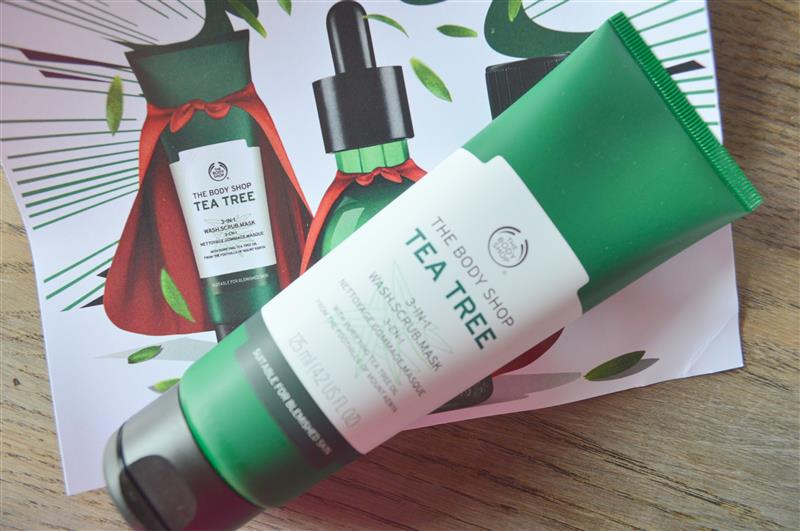 The Body Shop Clear Skin Superheroes