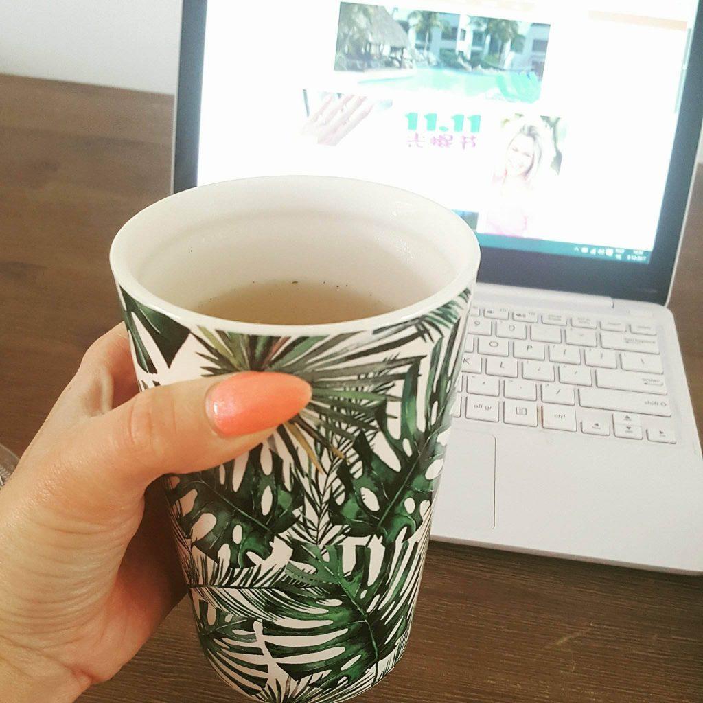 Een lekker kopje thee tijdens het bloggen!